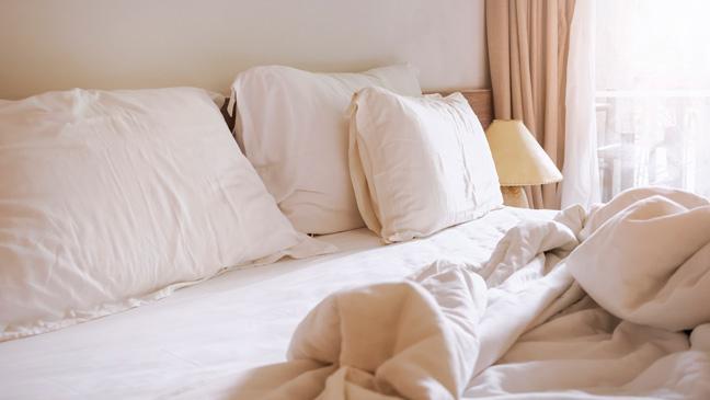 Utilizar ropa de cama de fibra sintética (poliuretano), nunca lana o plumas